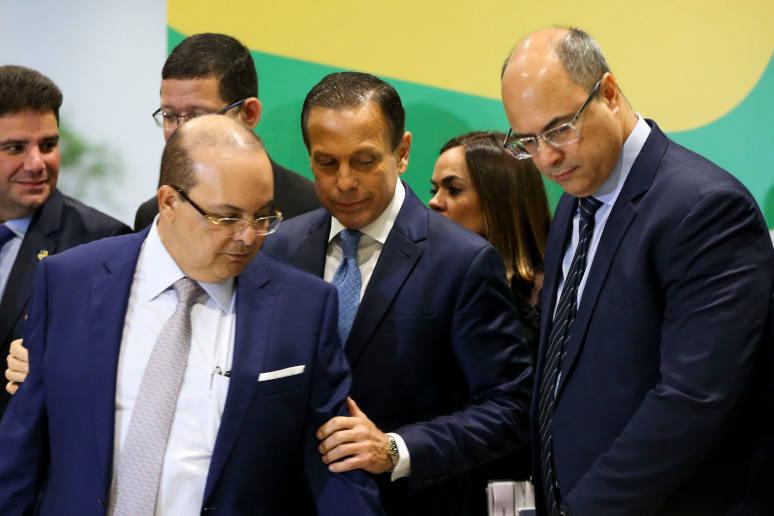 Os governadores eleitos Ibaneis Rocha (DF), João Doria (SP) e Wilson Witzel (RJ), durante Fórum de Governadores eleitos e reeleitos, em Brasília.