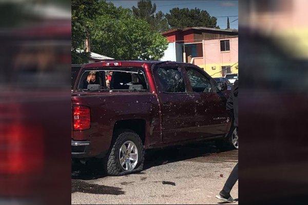 Como coladera, así quedaron tras ser atacados dos hombres y una mujer, en Agua Prieta, Sonora