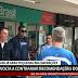 Um dia após Mandetta enfatizar isolamento social, Bolsonaro passeia pelo comércio de Brasília