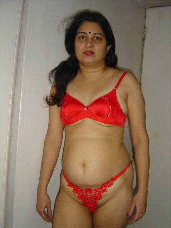 Pakistani Nude Aunti