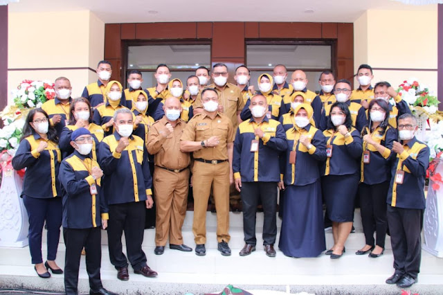 Murad Ismail Resmikan Gedung Samsat Induk Provinsi Maluku di Waihaong