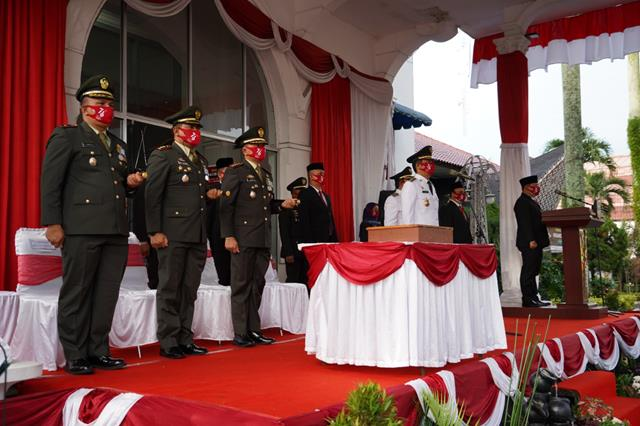 Danrem 022/PT Laksanakan Upacara HUT RI Ke-76 Di Kota Pematang Siantar