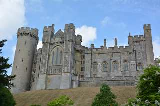 Top 10 Awesome Hidden Destinations Must to explore once in a Life, Dover Castle's Tunnel, England