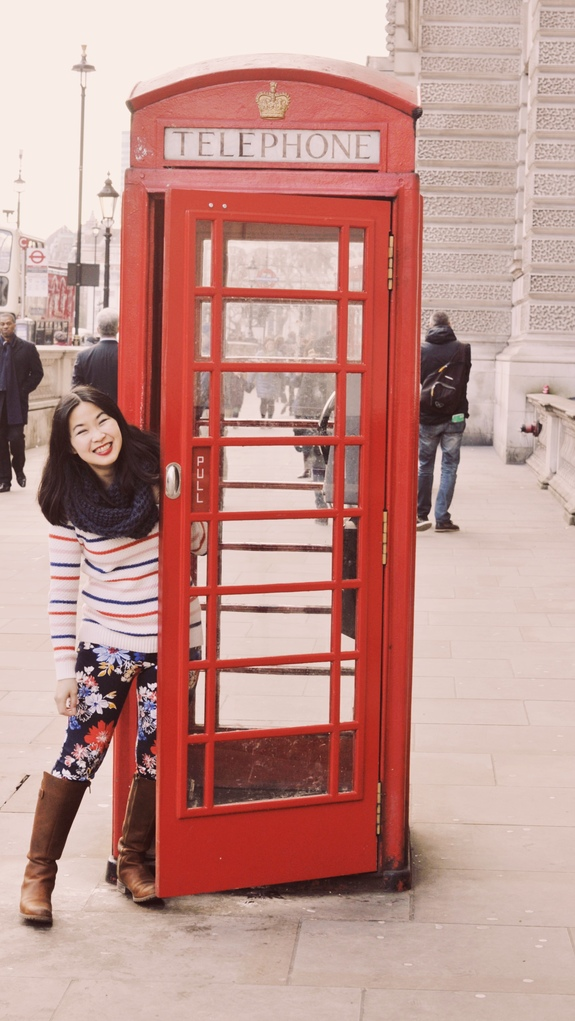 what to do on a london layover british red phone booth