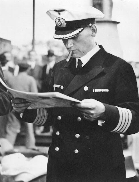 18 December 1939 worldwartwo.filminspector.com Captain Langsdorff
