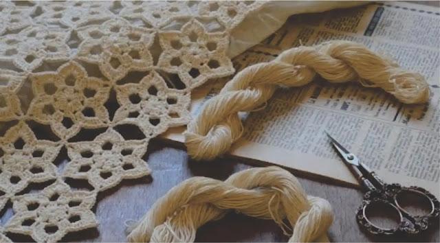 Cómo tejer a crochet un mantel con motivos sencillos