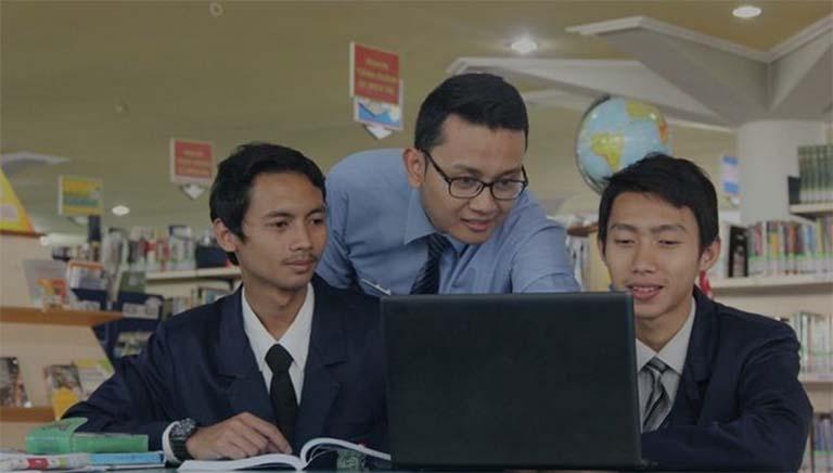 Ingin Jadi Guru? STKIP Al Hikmah Menyediakan Beasiswa Gratis S1 Untuk Anda Nih!