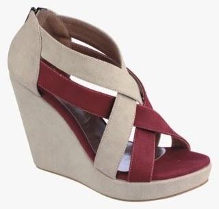 Model Sepatu Sandal Wedges Modern