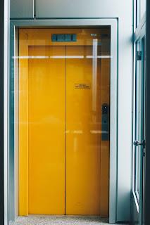 Hindi Kahaniya - लिफ़्ट का रहस्य !! My Blog | # मनु की कहानियां