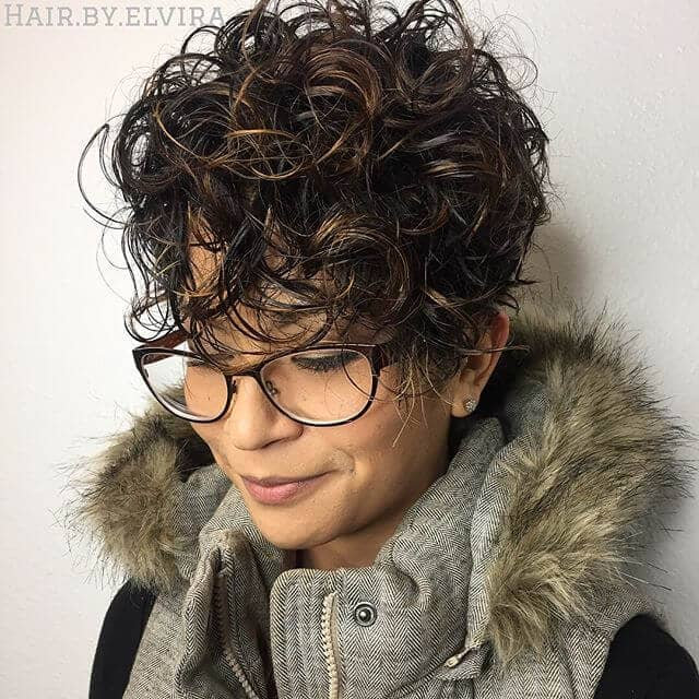 short curly hairstyles for woman 2018