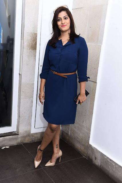Actress Varalaxmi Sarathkumar Latest Cute Pics Navel Queens