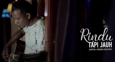 Lirik Lagu Pof Andra Respati Feat Eno Viola - Rindu Tapi Jauh