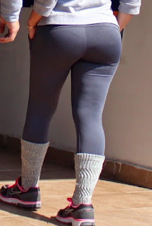 Bella chava nalgona calzas