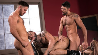 High`n Tight – Rikk York, Mick Stallone & Jackson Grant
