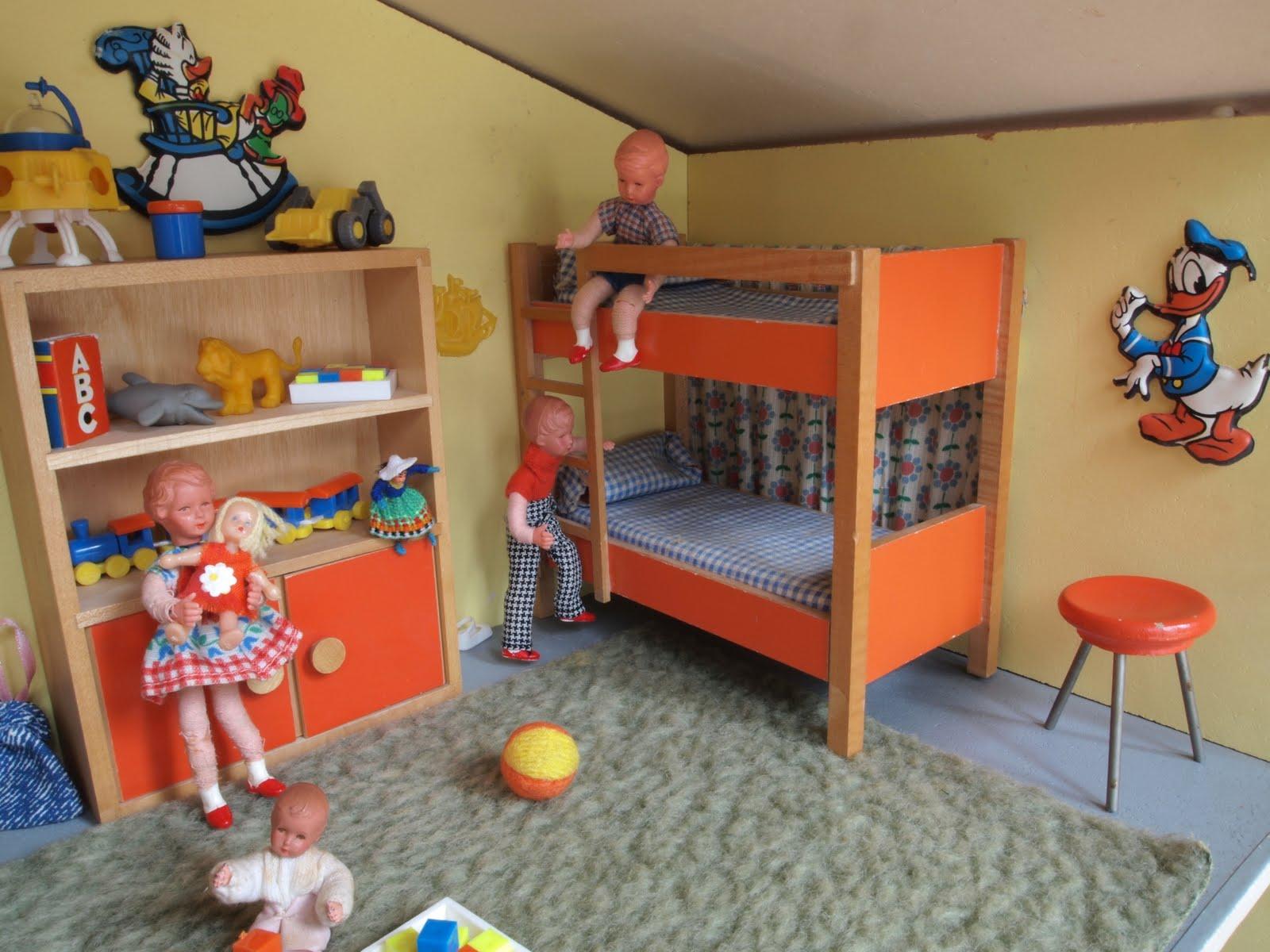Diepuppenstubensammlerin kinderzimmer bodo hennig for Kinderzimmer 9 jahre