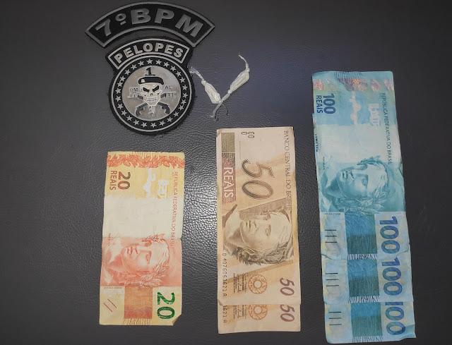 Em Olho D'Água das Flores, polícia prende homem com  R$ 420 em notas falsas e drogas  durante carnaval