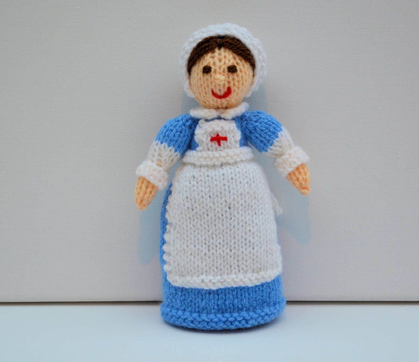 Edith Grace Designs: WW1 Red Cross Nurse Doll & Florence Nightingale Doll...