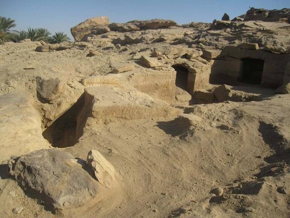 Douze anciens cimetières égyptiens découverts à Assouan