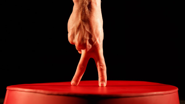 歌劇院奇幻旅程 手指舞蹈《指尖上的幸福人生》