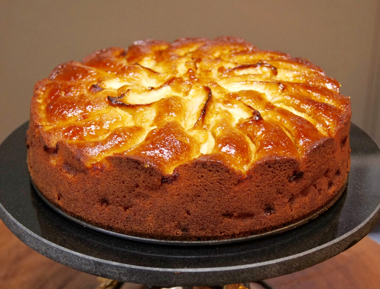 Kuchen Mit Marzipan Apples And Almonds Two Ways Apfel Marzipan Kuchen And