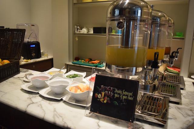 Oriental Residence Bangkok buffet