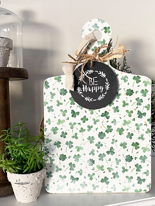 St. Patrick's Day mantel with decoupaged cutting board sign