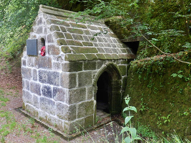 The Menacuddle Vhapel housing the Holy Well