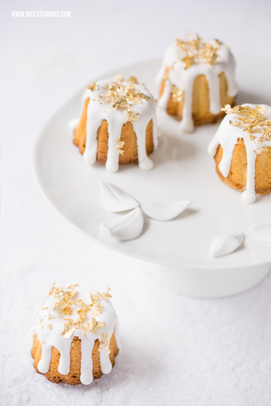 Gebrannte Mandel Kuchen Canneles mit essbarem Blattgold #gebranntemandeln #foodblogger #rezepte #canneles #blattgold #weihnachten #kuchen