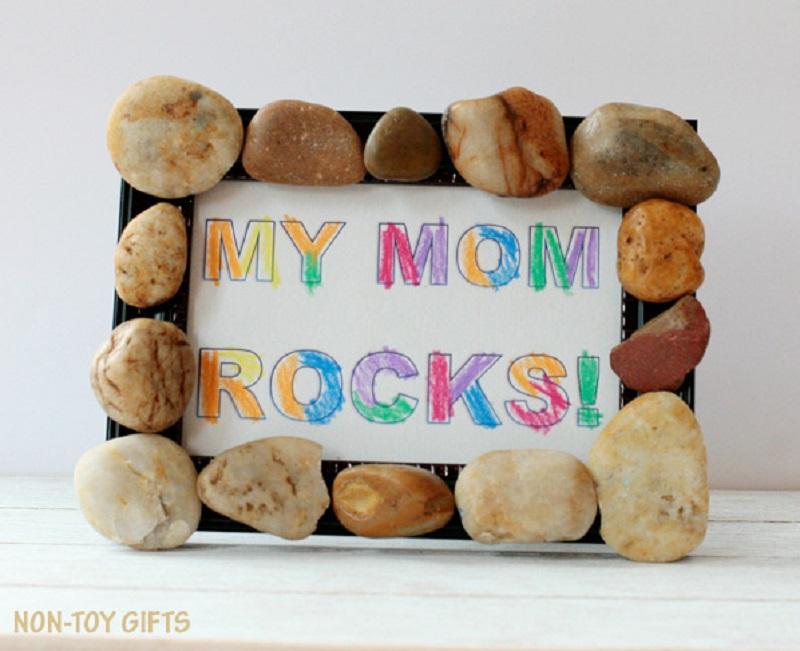 mum rocks frame