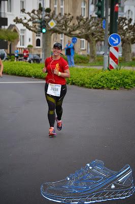 http://meckycaro.blogspot.de/2015/04/wettkampf-metro-group-marathon.html
