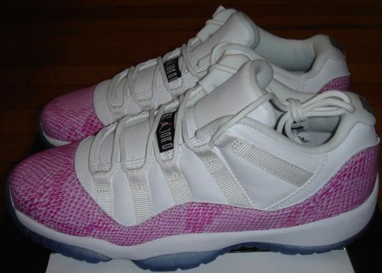 reputable site f8f45 be01f Girls Air Jordan 11 Retro Low GS