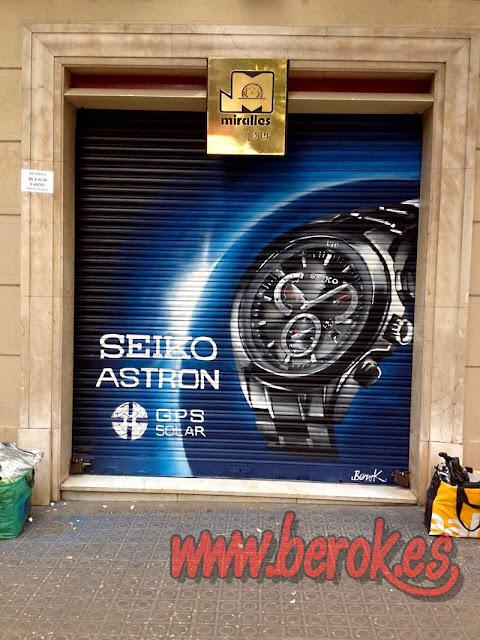 Graffitis en persiana para relojería