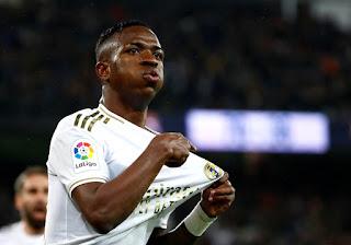 Vinicius Junior com um gol, brilha no classico espanhol