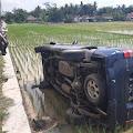 Kecelakaan di Kemangkon, Pengemudi Mobil Tabrak Motor dan Masuk ke Sawah