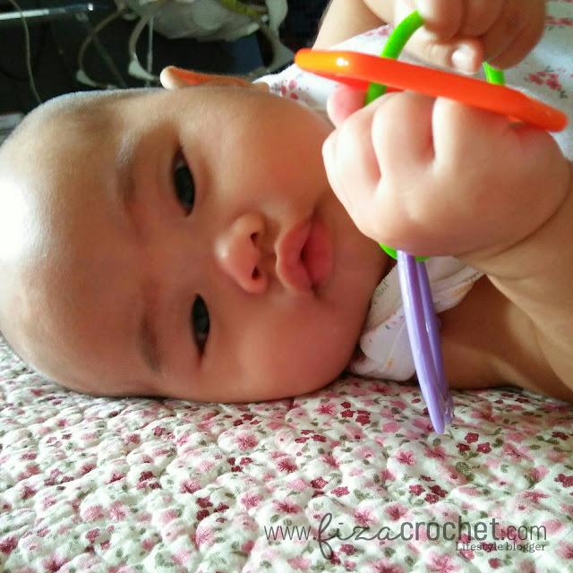 Alat pencukur rambut bayi