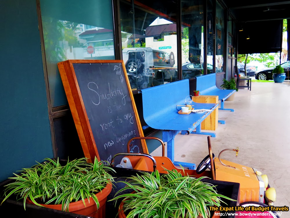 bowdywanders.com Singapore Travel Blog Philippines Photo :: Singapore :: Necessary Provisions Café, Bukit Timah