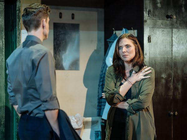 The Girl on the Train (UK Tour), New Victoria Theatre | Review
