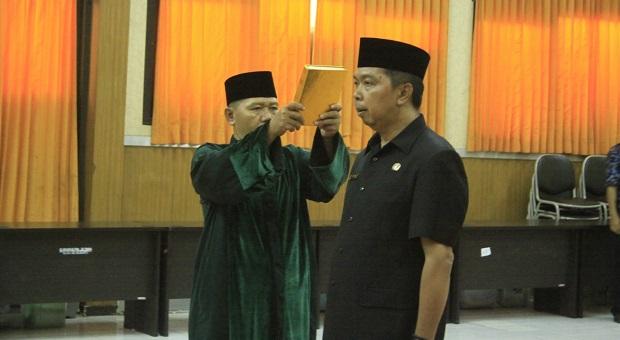 Sekretaris KPU Kabupaten Bekasi Dilantik, Titot Gantikan Mahmudin
