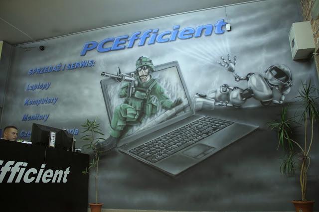 Malowidło ścienne świecące w ciemnościach, mural uv, aranżacja sklepu komputerowego