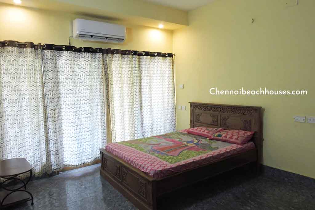 zira holidays villa in ecr