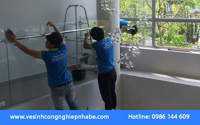Dịch vụ vệ sinh công nghiệp Nhà Bè trở nên cần thiết vì mang lại nhiều lợi ích cho khách hàng