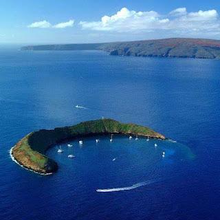 جزيرة رائعة فى البحر،