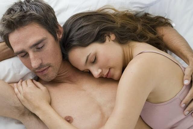 كيف أتعامل مع زوجي في الفراش؟ نصائح للمرأة الرومانسية
