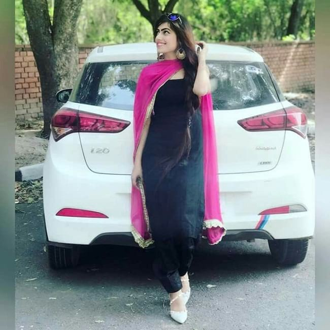 Stylish Girls in Salwar Suits