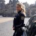 من يرى وجه هذه الشُرطيّة الشّقراء لن يصدق أنها تمتلك جسد كهذا! هذه الشرطية الألمانية صدمت الجميع بجسدها...