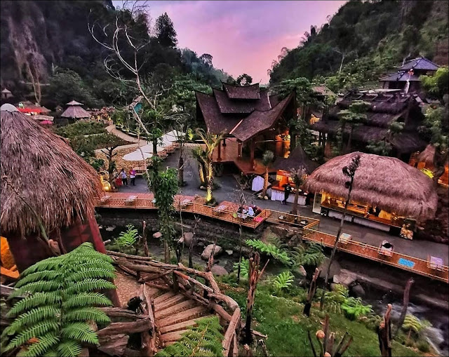instagramable tourism destinations in Bandung.