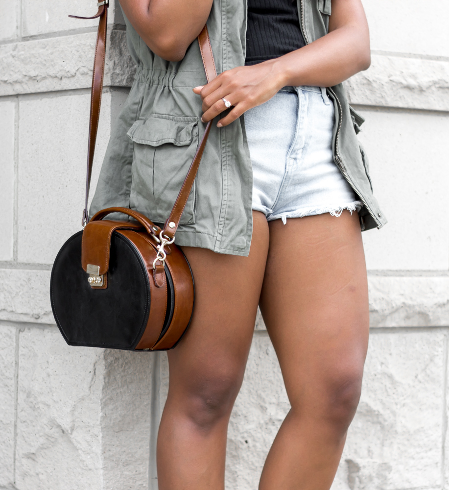 cargo-vest-fall-outfit
