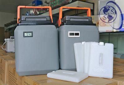 paquetes frios marca Thermos originales termos kst digital termometro solar digital cajas vacunas color plomo tapa negra asa anaranjada