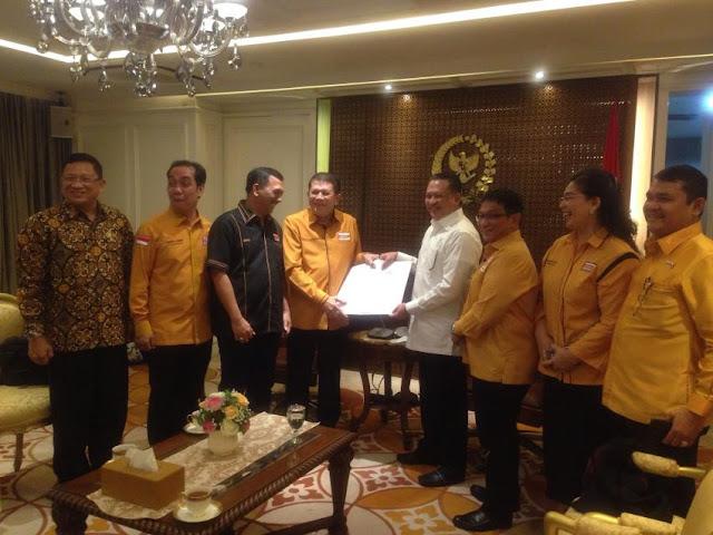 Memanas, OSO Copot Nurdin Tampubolon Sebagai Ketua Fraksi Hanura