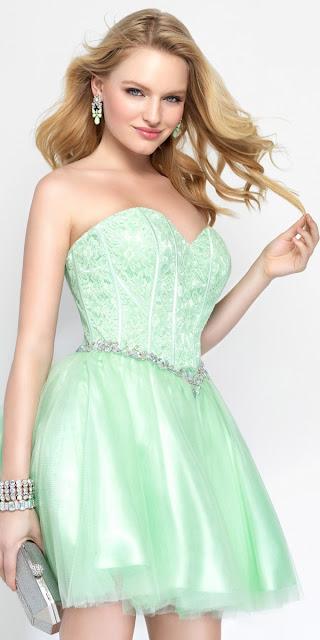 vestidos con corset cortos